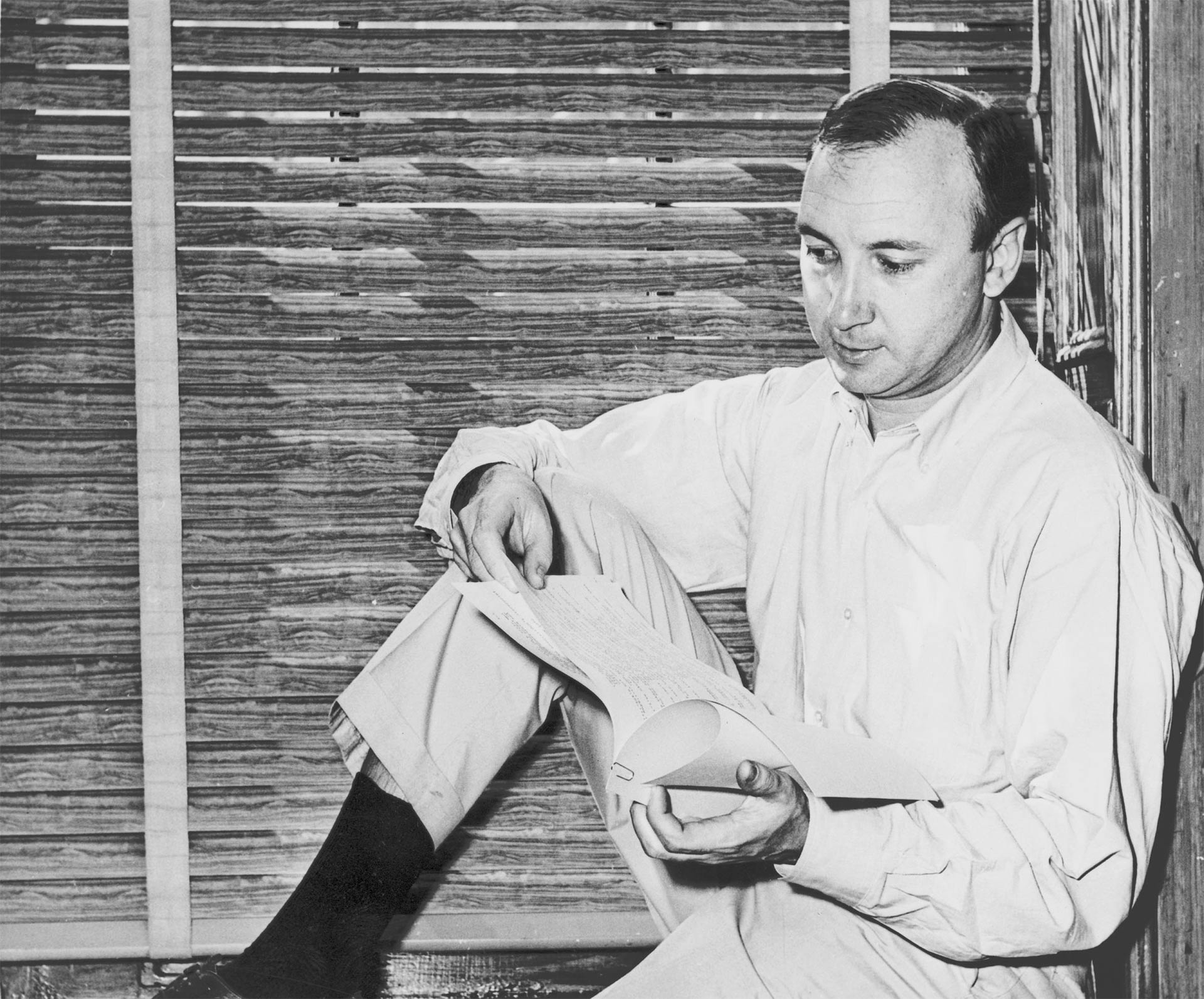 the works of neil doc simon New york (ap) — the latest on the death of playwright neil simon (all times local): 3:30 pm hollywood and broadway actor matthew broderick says his owes his career to playwright neil simon.